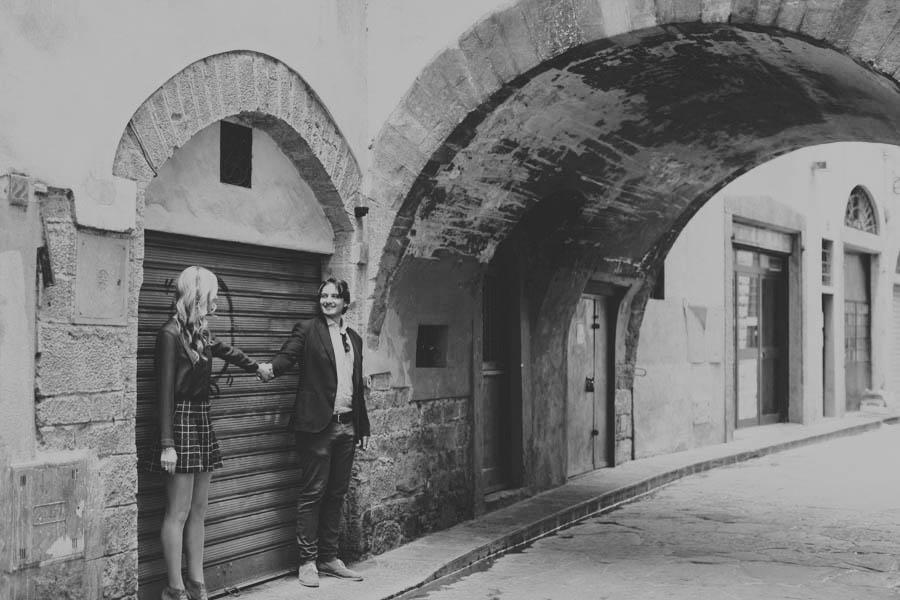 uffizi wedding engagement shoot session photo stefano santucci photographer destination florence tuscany italy fine art