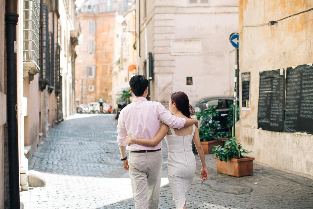 engagement street roma capital italy love walking stefano santuc
