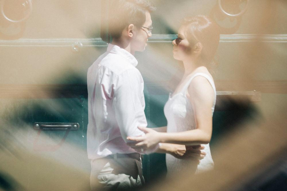 portrait couple chinese italy destination engagement creative ph