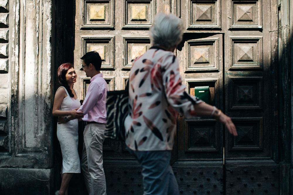 engagement shot destination photographer south italy strangers d