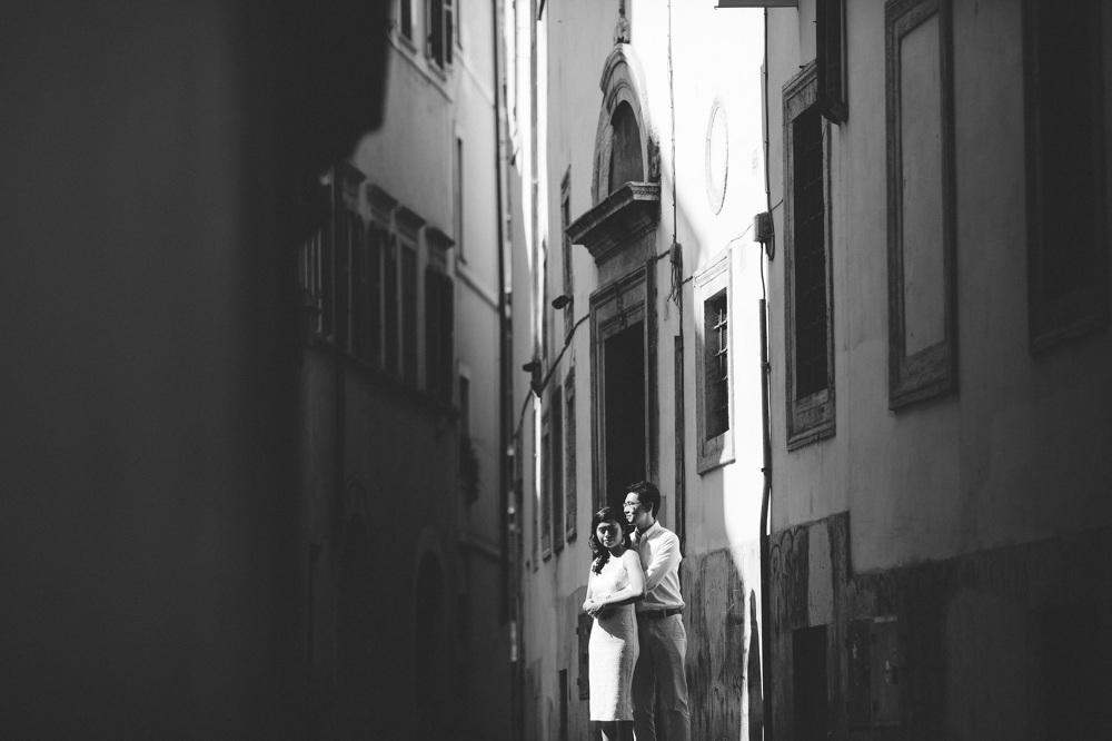 engagement street love couple chinese walking photo photographer