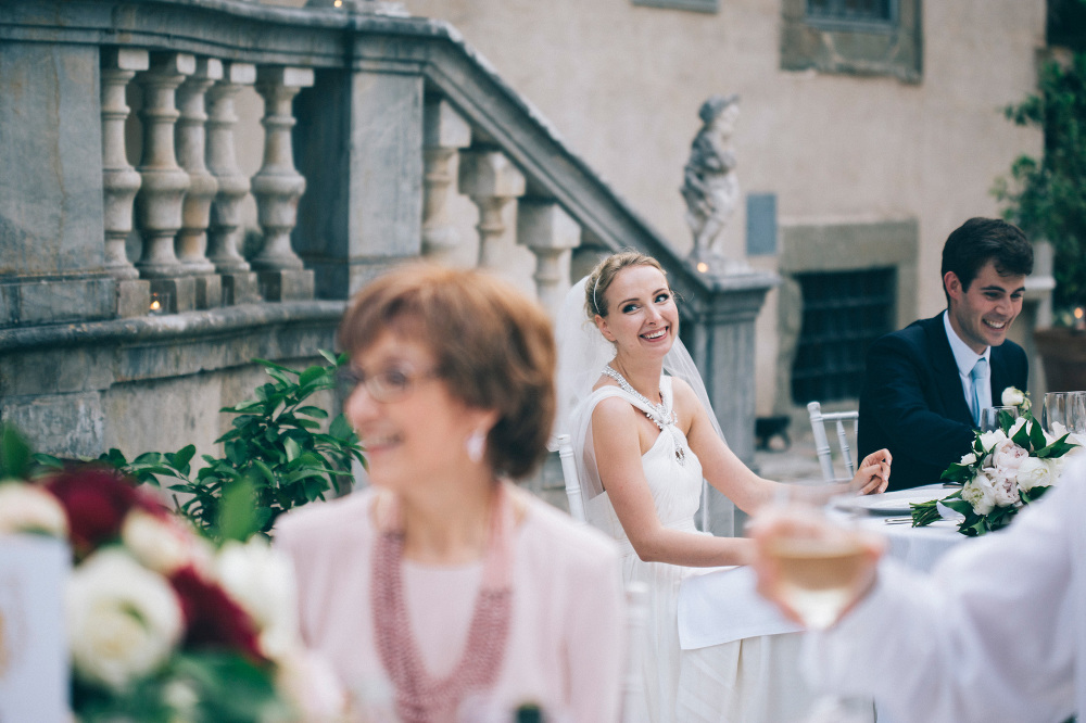 bride dinner wedding destination photo tuscany photographer phot