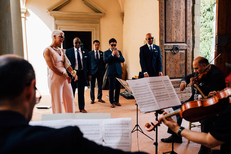 music ceremony wedding destination tuscany vicchiomaggio