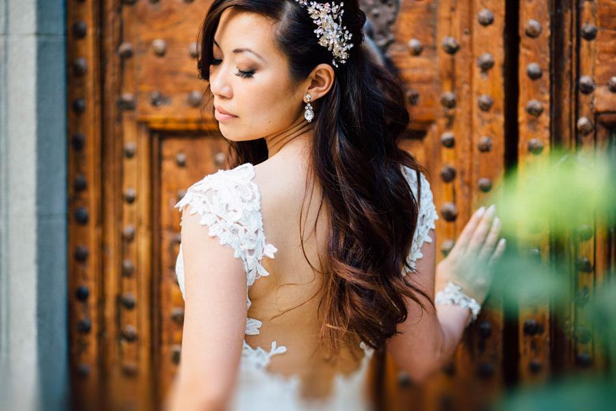 bride portrait rings ear profile photo wedding tuscany vicchioma