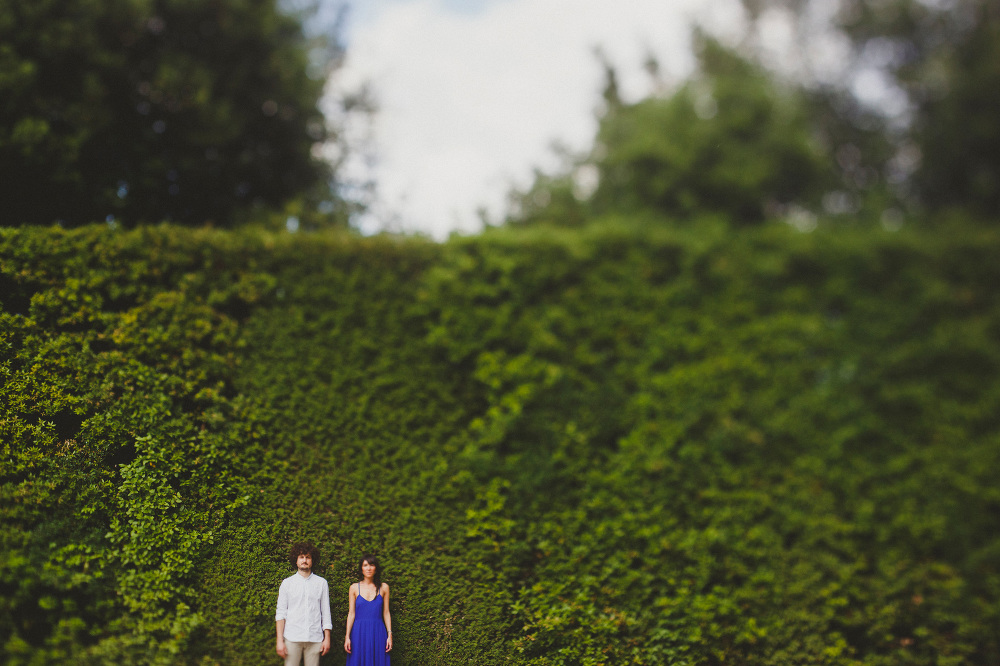 wall nature love session engagement couple session photo photosa