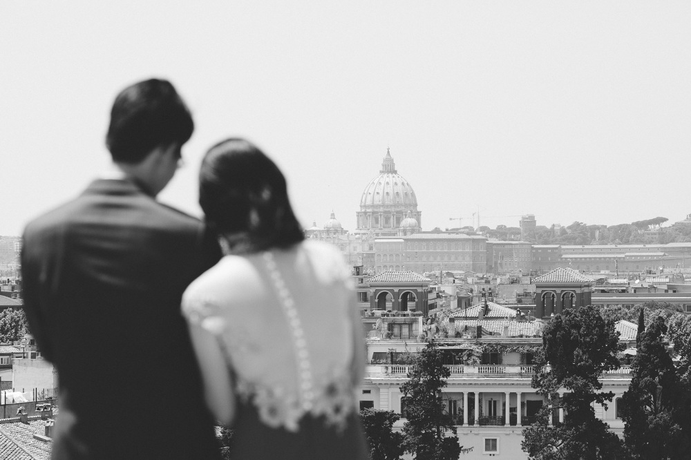 rome engagement photographer destination vatican piazza popolo v
