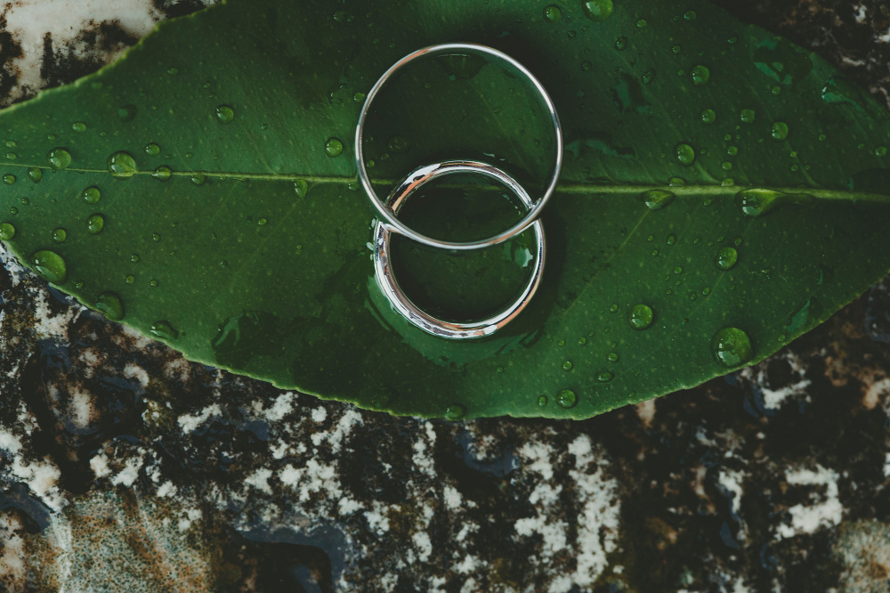 destination wedding photographer tuscany villa summer rings leaf
