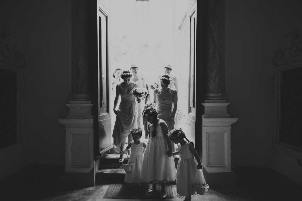 girlflowers destination wedding photographer tuscany villa italy
