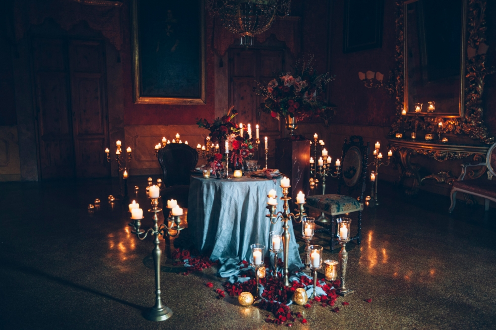 gothic table dinner inspirational wedding styling fashion editor
