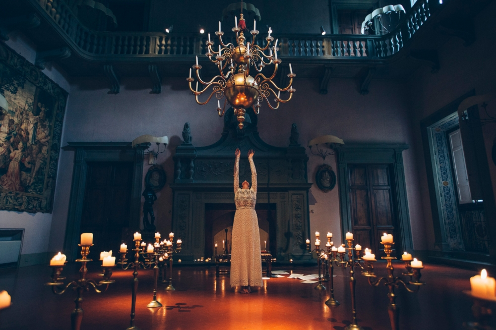 dark bride groom editorial inspirational styling villa maiano st
