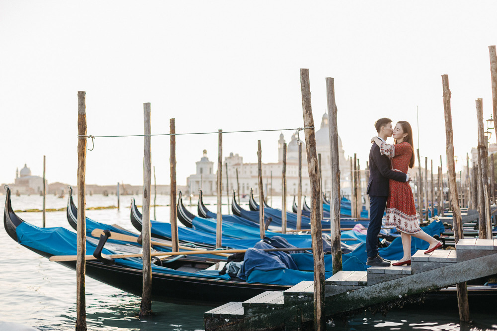 wedding photographer venice engagement