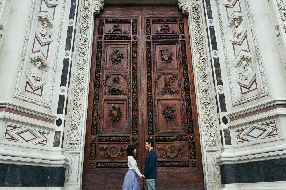destination engagement firenze photo couple tuscany florence leica leica