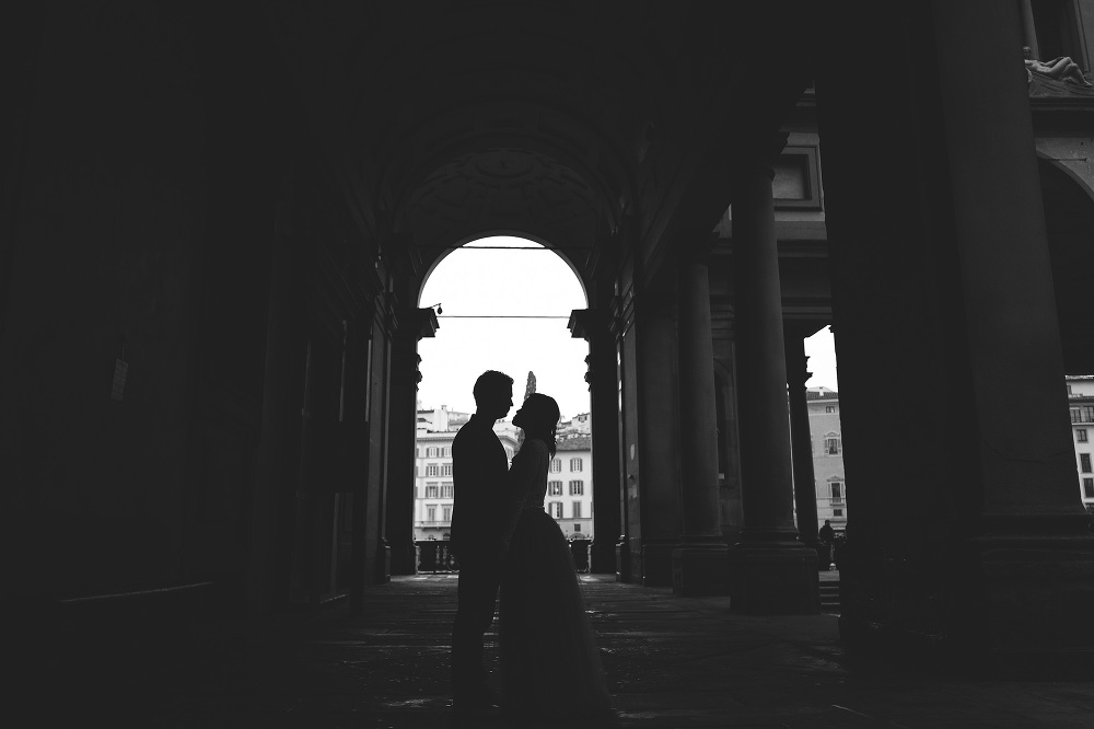 couple love destination photoshoot lovesession romantic firenze