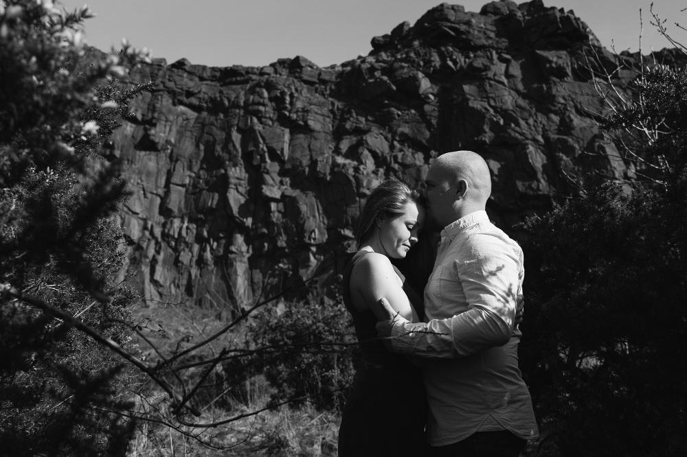 holyrood park edinburgh wedding engagement photographer destinat