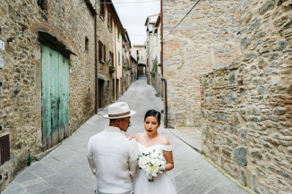 bride groom portrait leica q photo photographer wedding cortona