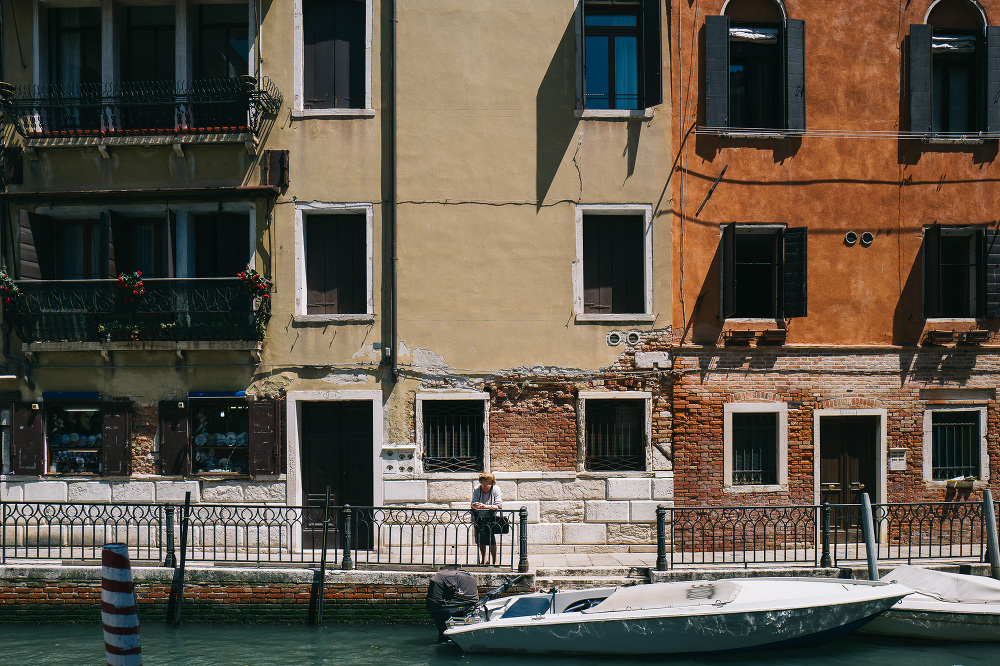 street photography scene venice venezia photographer photo city