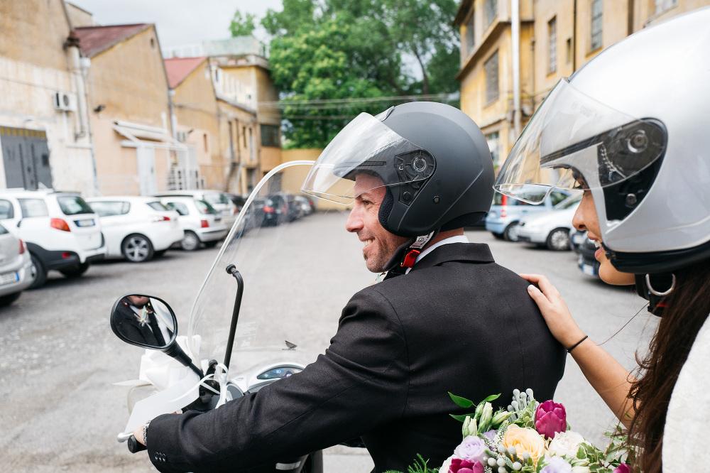 groom bride motorbike photo photographer love couple married