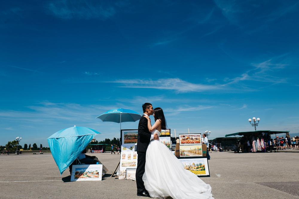 couple love bride groom photoshoot love photo photography piazza