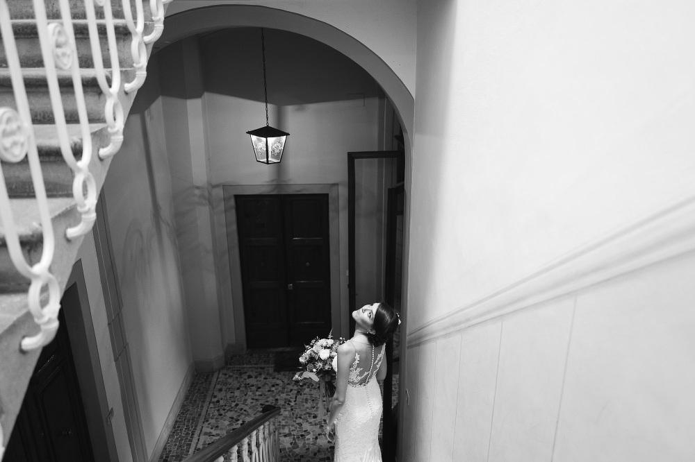 wedding photographer fiesole tuscany photo bride portrait waiti