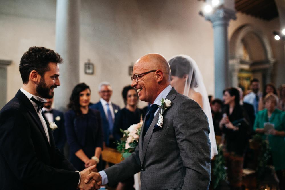 wedding photographer fiesole tuscany photo groom father bride sh