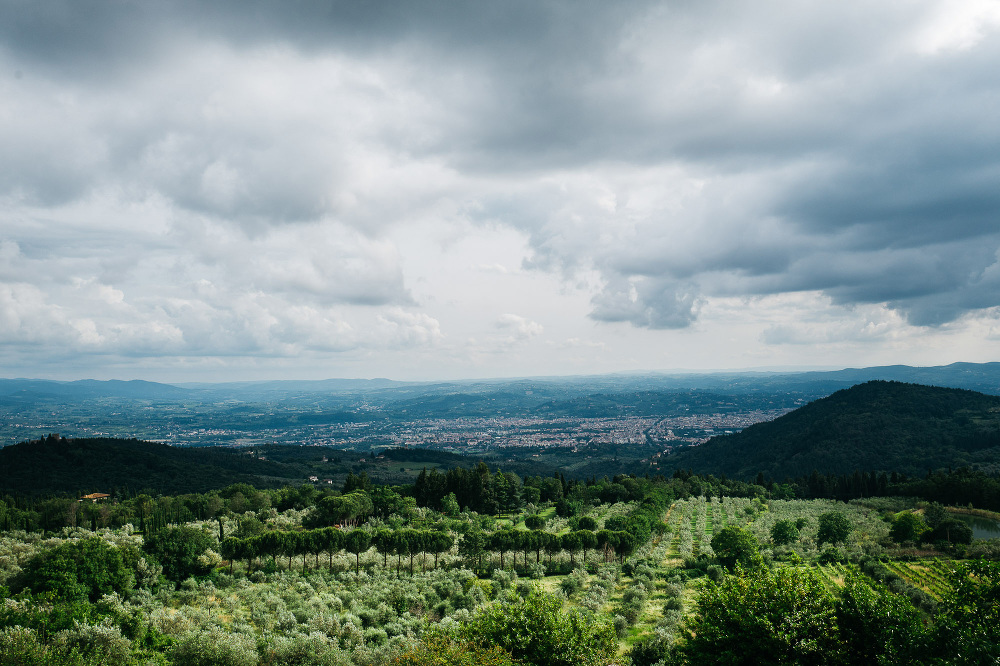 wedding photographer fiesole tuscany photo landscape clouds vall