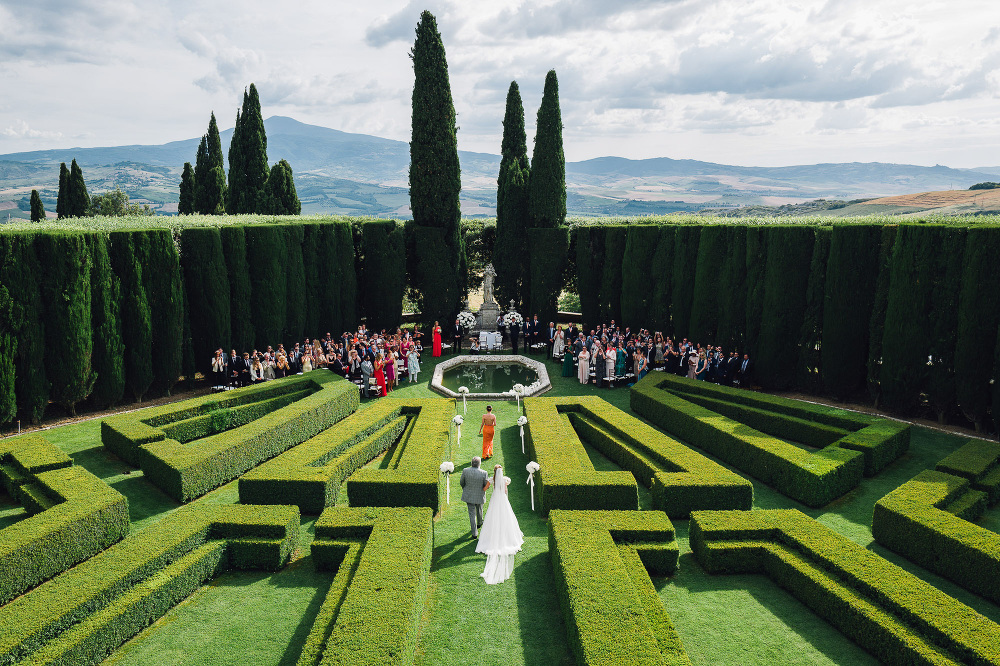 wedding photographer destination tuscany italy villa photo alfre