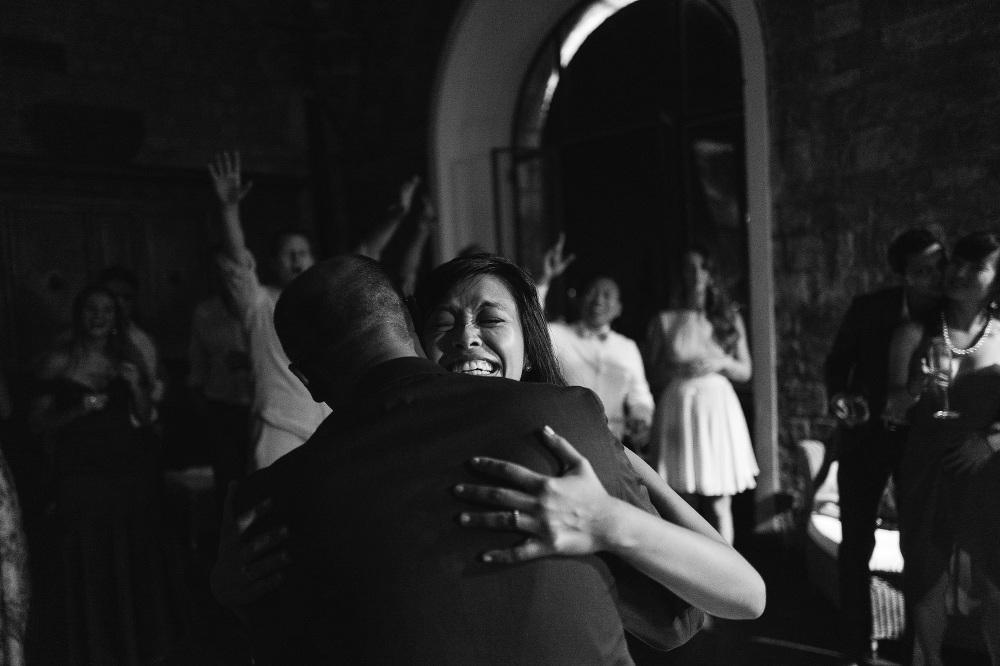 leicaq leica q tuscany wedding photo destination bride groom dan